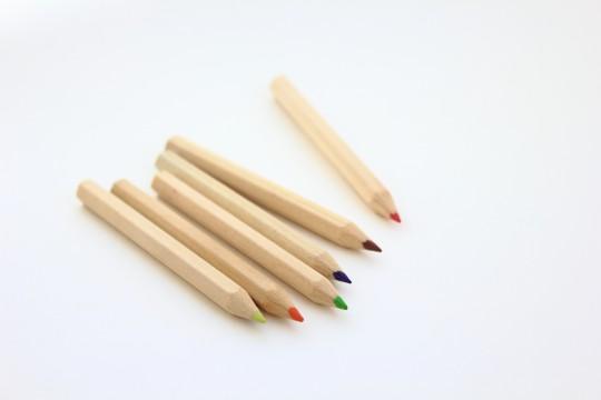 色鉛筆まばら