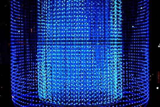 青のオブジェ