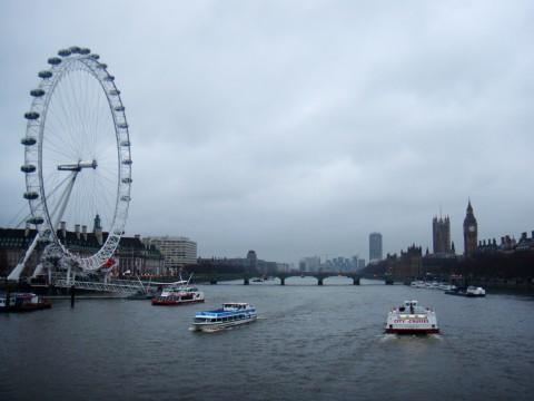 ロンドンアイとビッグベン