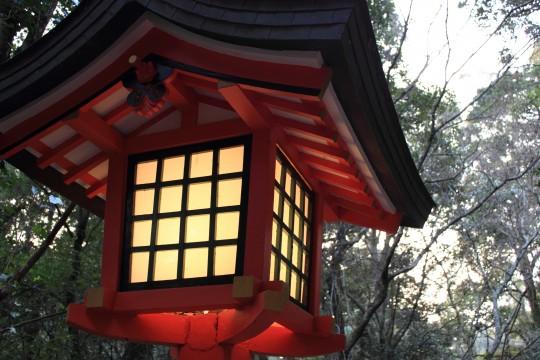 神社の灯籠