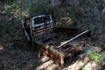 朽ちた軽トラック
