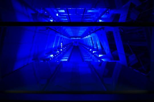 東京スカイツリーの幻想的な内部構造