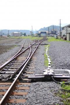 駅まで続く線路