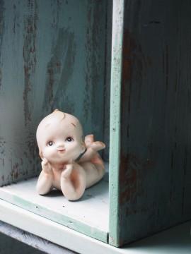 アンティークのキューピー人形
