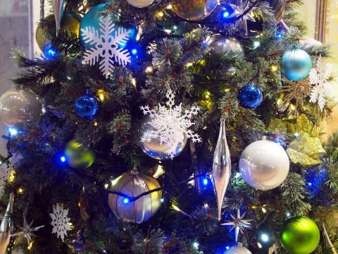 クリスマスツリーの飾り3