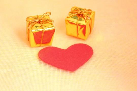 プレゼントとハート2