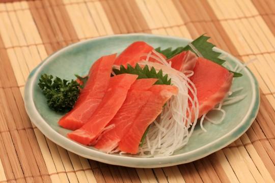 魚の刺し身