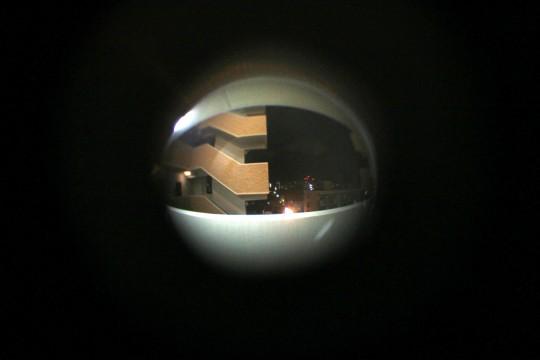 覗き穴から見た景色