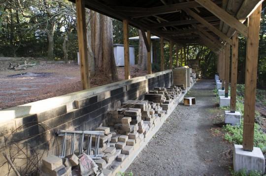 キャンプ場の炊事場