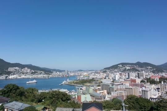 長崎湾と街並み