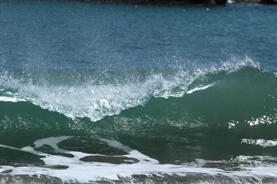 綺麗な形の波