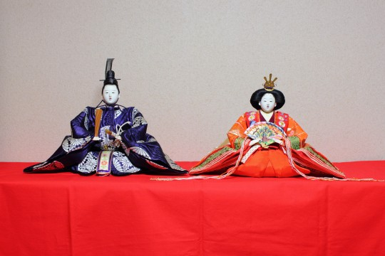 二人飾りの雛人形2