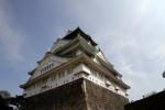 下から見上げた大阪城