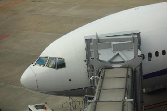 飛行機の搭乗口