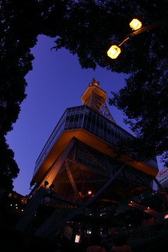 夜のテレビ塔
