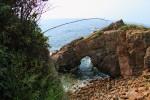 アーチ状の岩