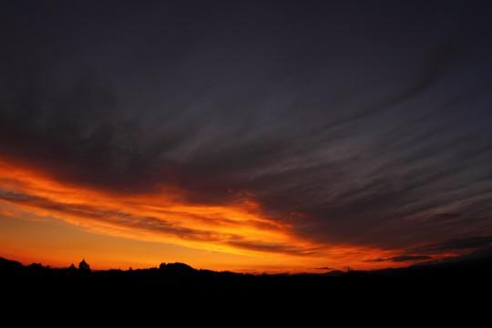 夕焼けと稜線