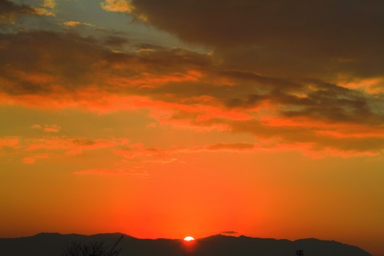 真っ赤な日の出