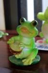 カエルの置物012