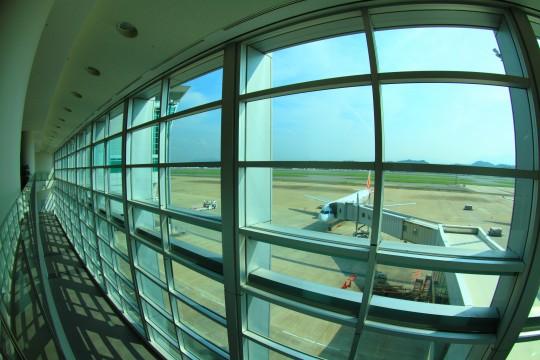 空港の搭乗ゲート