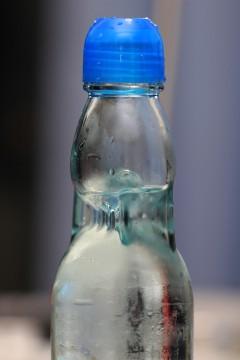 ラムネの瓶