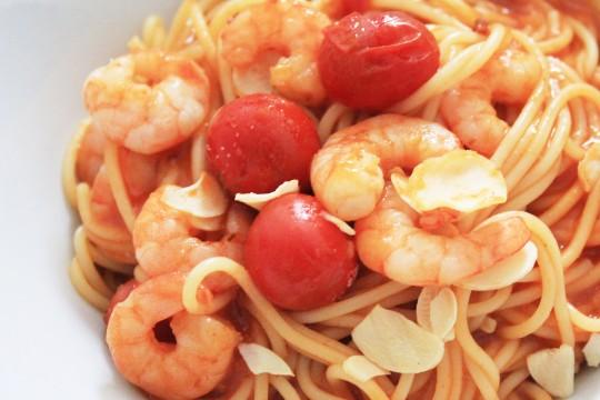 海老とトマトのパスタ