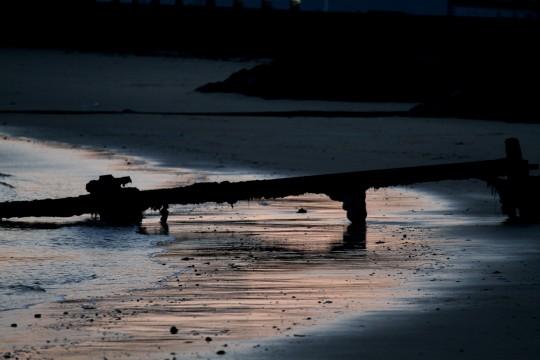 桟橋の残骸
