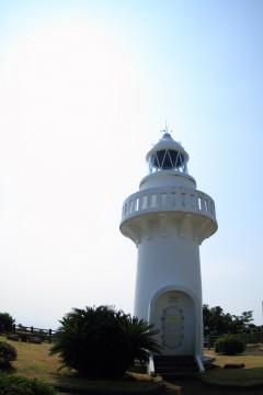 白い灯台2