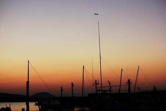 夕暮れの漁港1