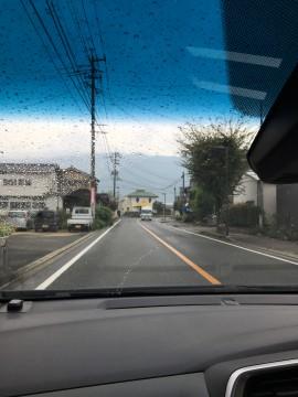 雨の日の車窓