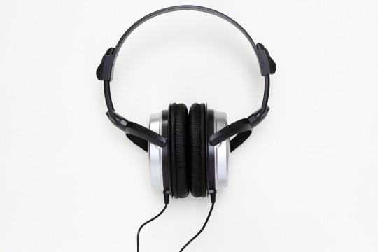 【ヘッドフォン】耳が痛くなる原因・痛くならないための対策