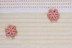 花の形をしたピンクのクッキー
