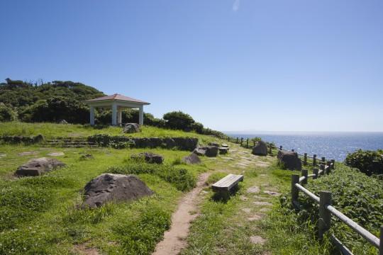 海辺の休憩所