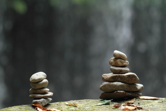 積み重ねられた石
