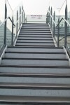 屋上への階段