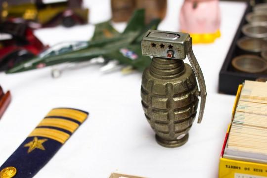 手榴弾のおもちゃ