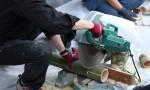 竹を切る丸鋸
