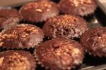 焼きたてのチョコレートブラウニー