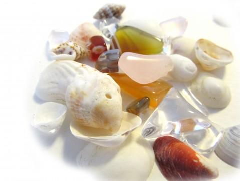 貝殻と天然石2