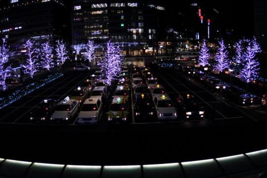 クリスマスのタクシー乗り場