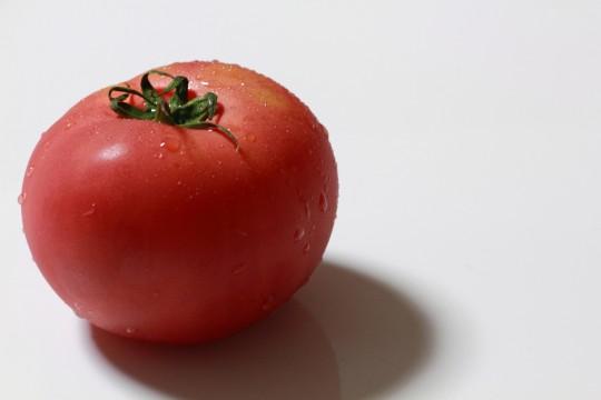 真っ赤なトマト
